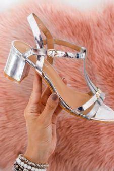 [Henri-nu se gasesc]Sandale Sapezi argintii cu toc gros