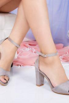 Sandale Andida gri cu toc gros