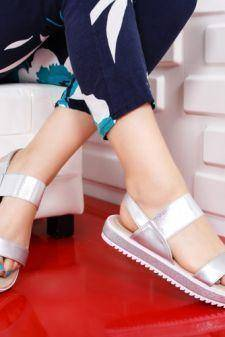 Sandale Bibina argintii cu talpa joasa