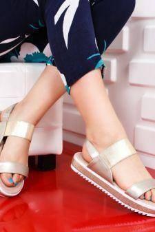 Sandale Bibina aurii cu talpa joasa