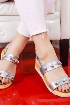Sandale Buhico argintii cu talpa joasa