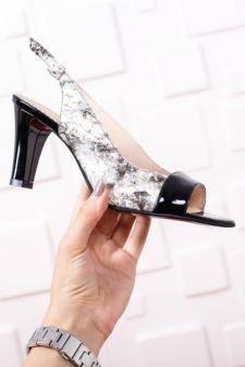 Sandale Lasibi albe cu negru
