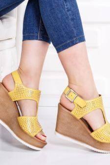 Sandale Piele Asibi galbene cu platforma