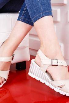 Sandale Piele Badei bej deschis cu platforma