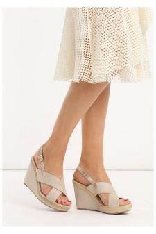 Sandale cu platforma Laura Bej