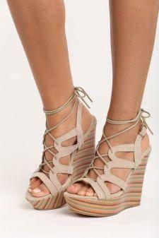 Sandale cu platforma Lotus Bej