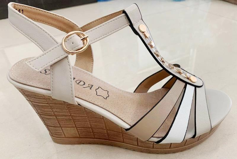 Sandale dama bej Aurelia2