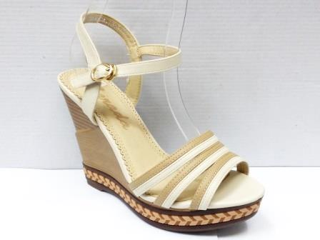 Sandale dama bej cu talpa ortopedica si accesoriu tip impletitura