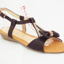 Sandale dama negre cu accesoriu auriu cu pietre tip swarovski